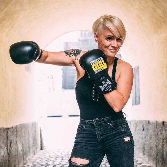 Tamara Smonker, Shapeboxing